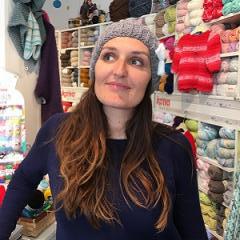 Rachel MONIOT co-fondatrice de Bleu Framboise, mercerie moderne et créative