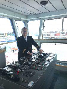 Rencontre avec Kristell Kérourédan         Commandante, à bord d'un navire Brittany Ferries.