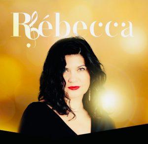 Rébecca Cornuet, Chanteuse, artiste - Une énergie rayonnante